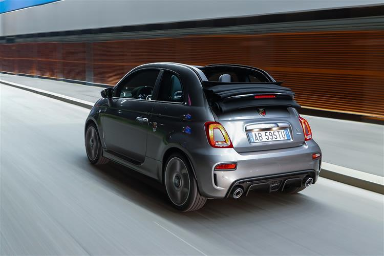 Abarth 595 S4 1.4 T-Jet 165 Yamaha Monster 3dr image 5
