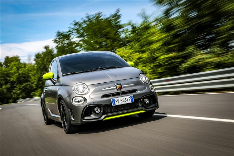 Abarth 595 1.4 Tjet 145 hp 70th Anniversary image 10