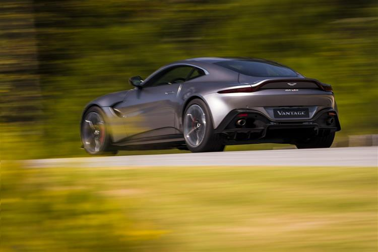 Aston Martin New Vantage Roadster - Uncompromising Performance Meets Pure Emotion image 4