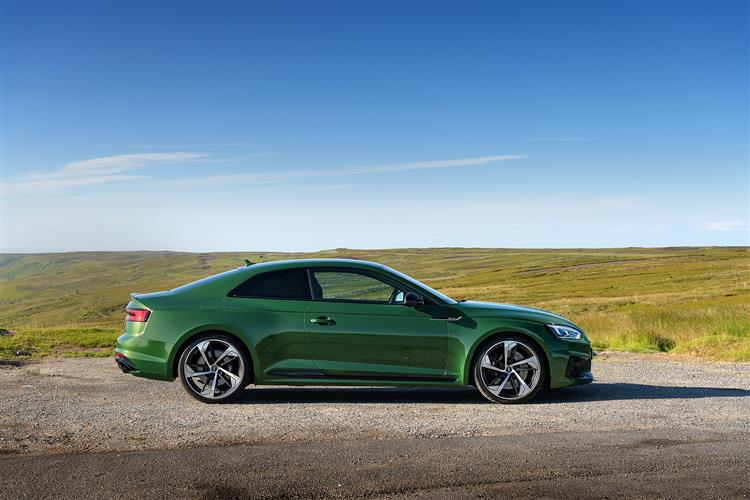 RS 5 COUPE Image