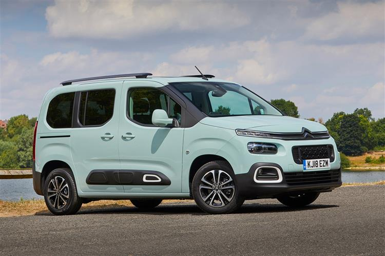 CITROEN BERLINGO 1.5 BlueHDi 130 Feel M 5dr EAT8 image 1