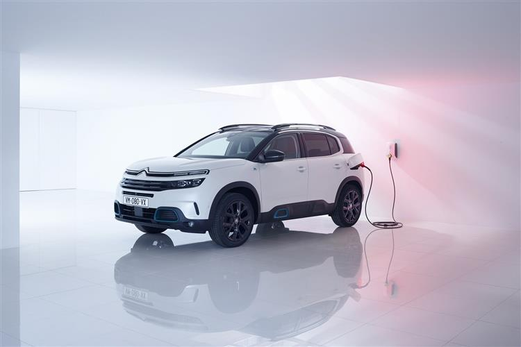 Citroen C5 Aircross SUV 1.6 Plug-in Hybrid 225 Flair Plus 5dr e-EAT8 image 5