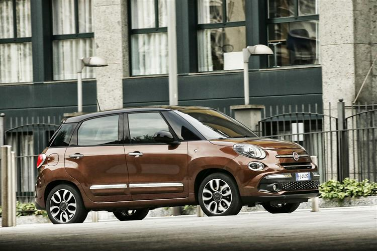 Fiat 500L Cross Look S7 1.4 95hp start stop image 7