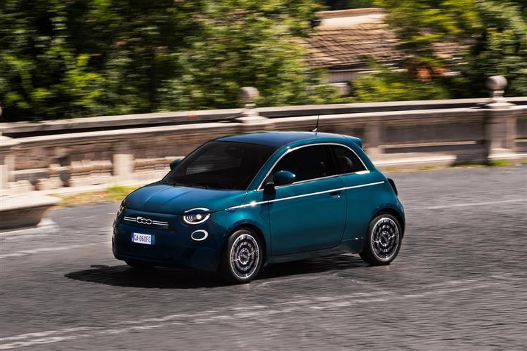 Fiat 500 1.0 Mild Hybrid Sport 3dr image 2