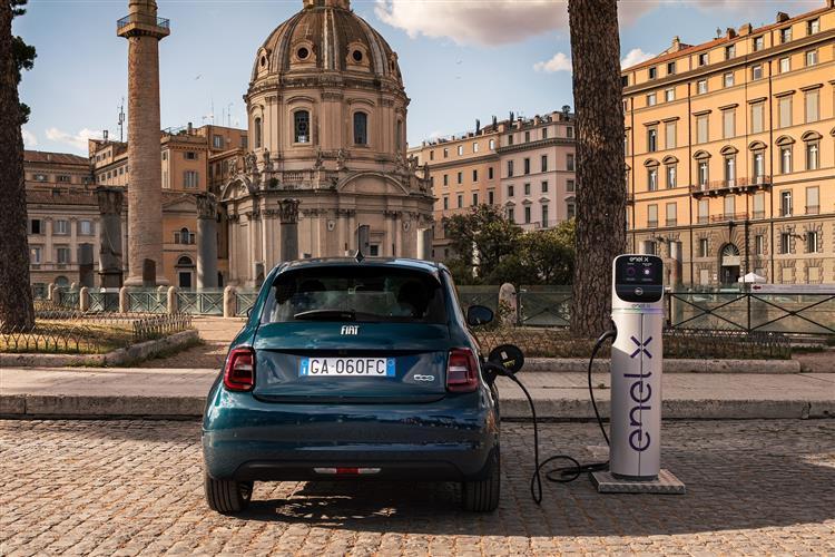Fiat 500 1.0 Mild Hybrid Sport 3dr image 5