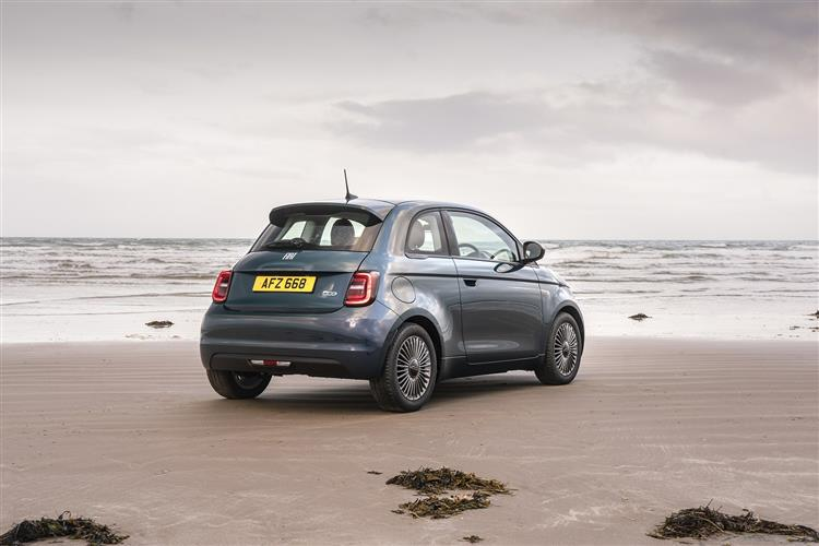 Fiat New 500-e - Available From £295 Advance Payment image 2
