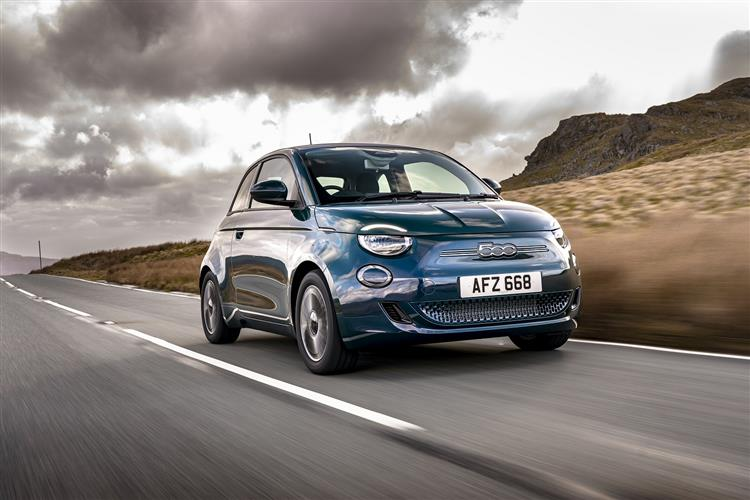 Fiat New 500-e - Available From £295 Advance Payment image 4