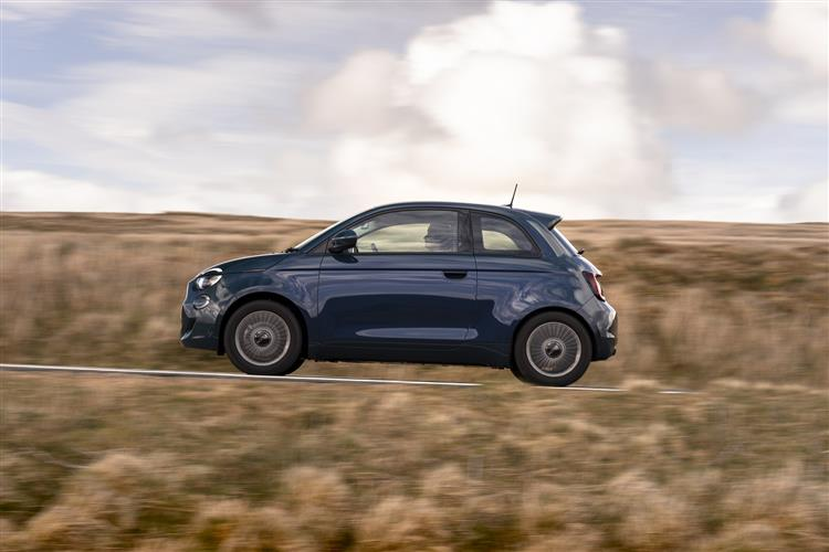 Fiat New 500-e - Available From £295 Advance Payment image 5