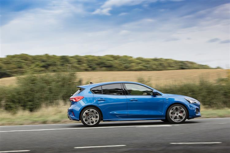 Ford Focus ST 2.0 EcoBlue 190PS image 18