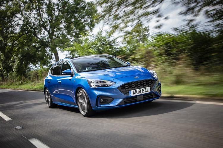 Ford Focus Zetec 1.0 EcoBoost 100PS 5dr image 3 thumbnail