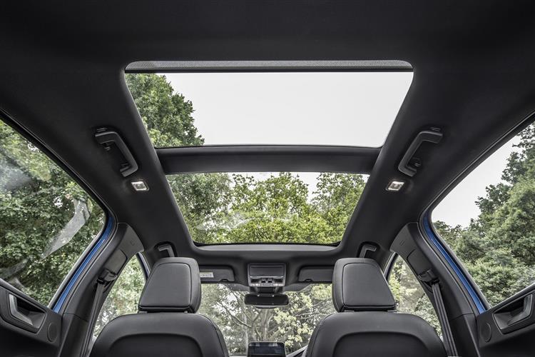 Ford Focus 1.0 EcoBoost Hybrid mHEV 125 Zetec Edition 5dr image 5