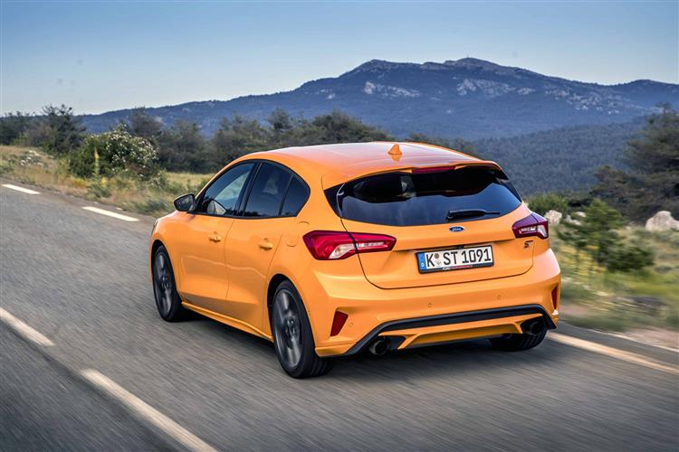 Ford Focus ST 2.3 EcoBoost 280PS image 3