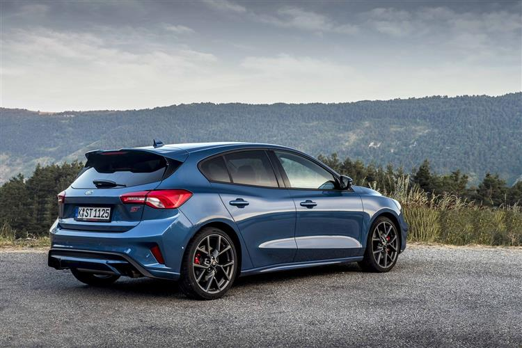 Ford Focus ST 2.3 EcoBoost 280PS image 5