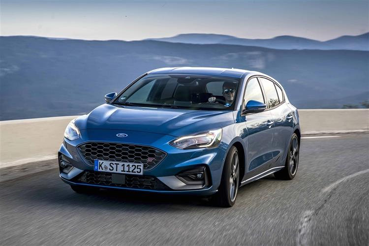 Ford Focus ST 2.3 EcoBoost 280PS image 6