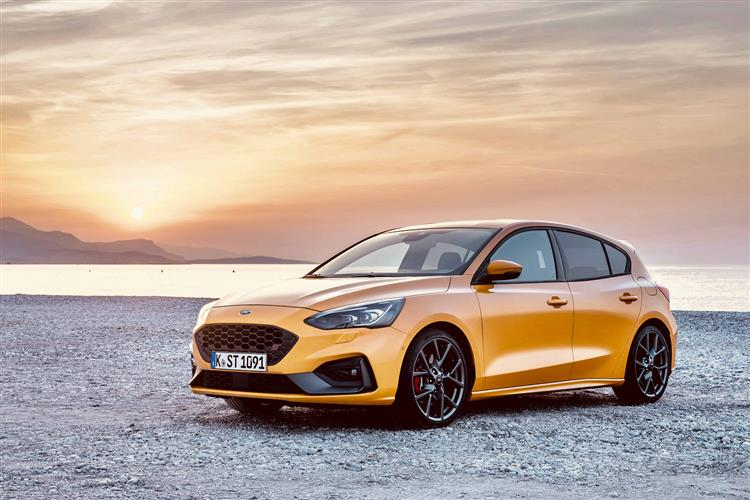 Ford Focus ST 2.3 EcoBoost 280PS image 8