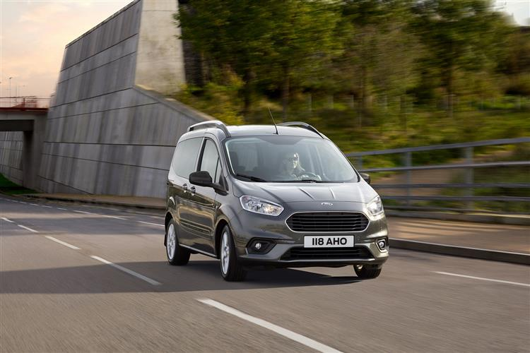 Ford Tourneo Courier 1.0 EcoBoost Zetec 5dr image 3