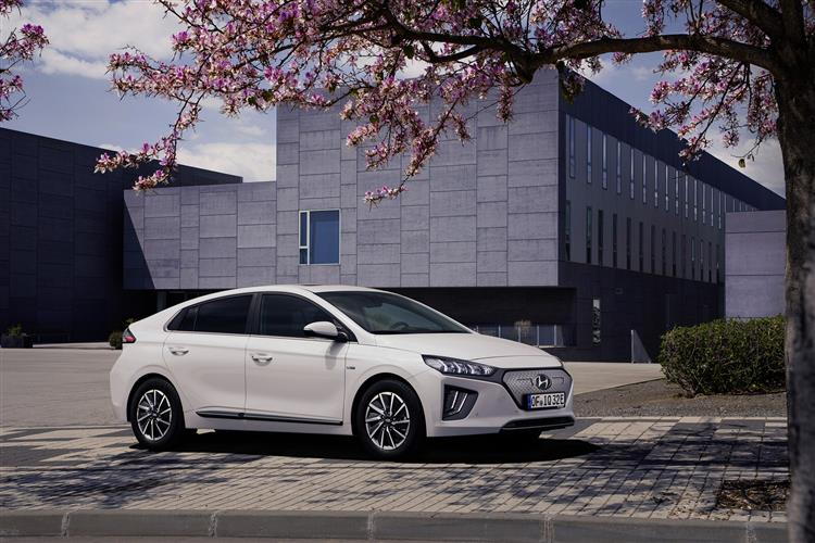 Hyundai IONIQ 100kW Premium 38kWh 5dr Auto Electric Hatchback