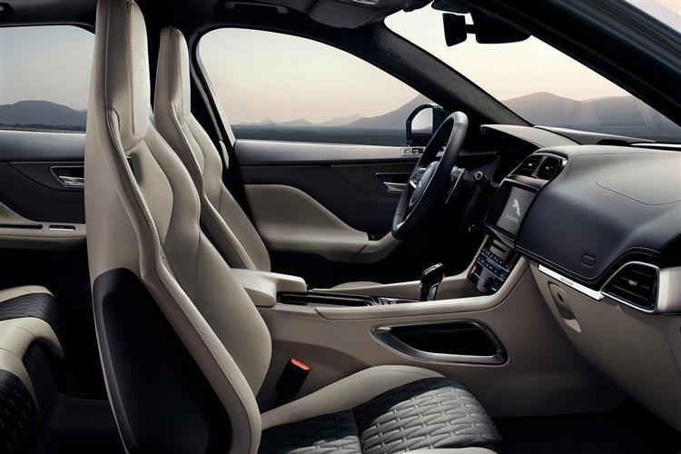 Jaguar F-PACE 2.0d Prestige 5dr Auto AWD image 9