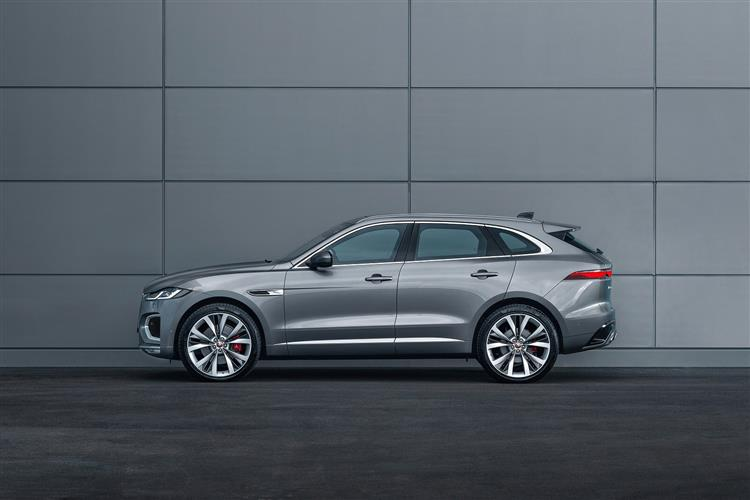 Jaguar F-PACE Chequered Flag Special Edition image 2