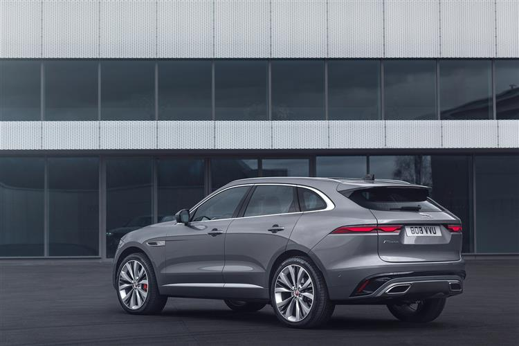 Jaguar F-PACE Chequered Flag Special Edition image 3
