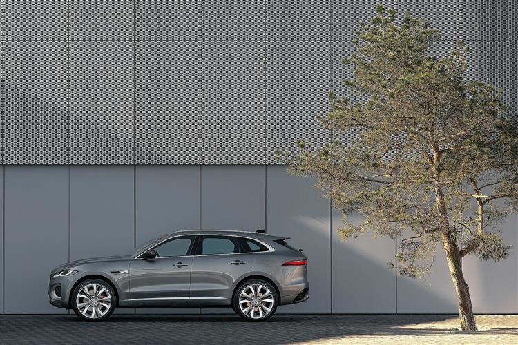 Jaguar F-PACE 2.0 D200 R-Dynamic S 5dr Auto AWD image 1