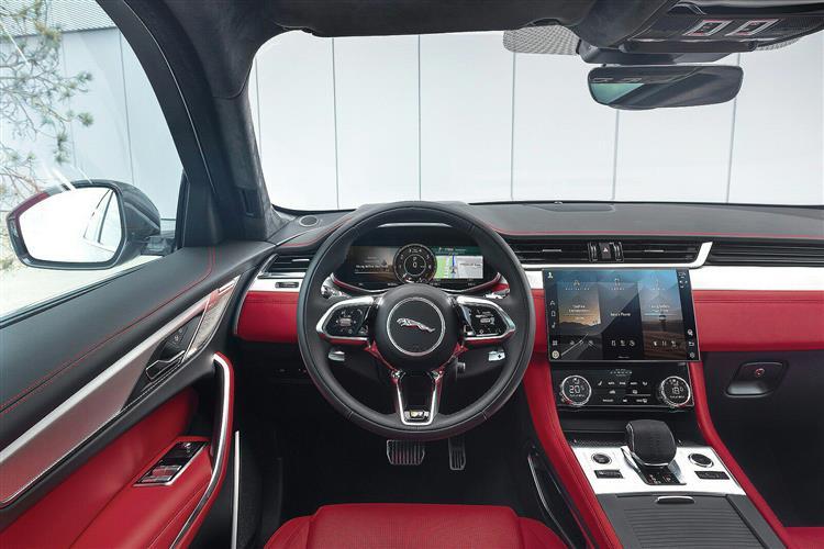 Jaguar F-PACE 2.0 D200 R-Dynamic S 5dr Auto AWD image 9