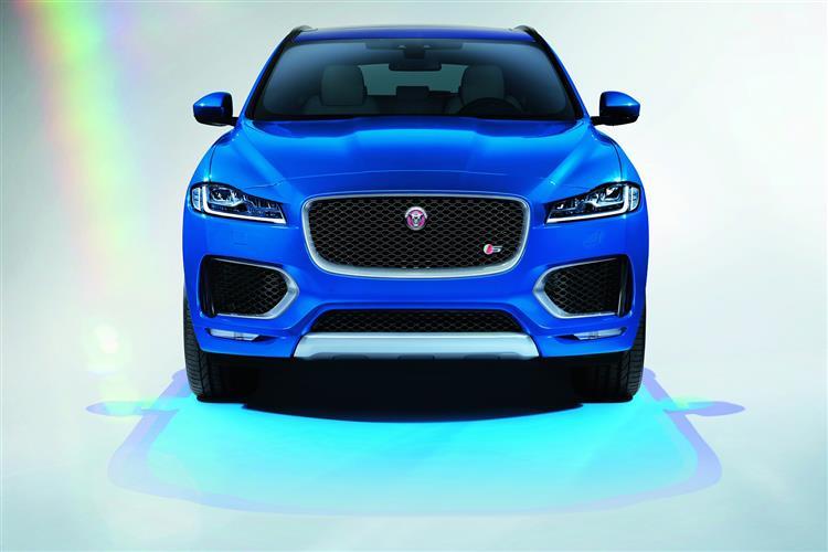 Jaguar F-PACE 2.0d Prestige 5dr Auto AWD image 11