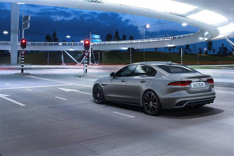 Jaguar XE 2.0 P250 S 4dr Auto image 3