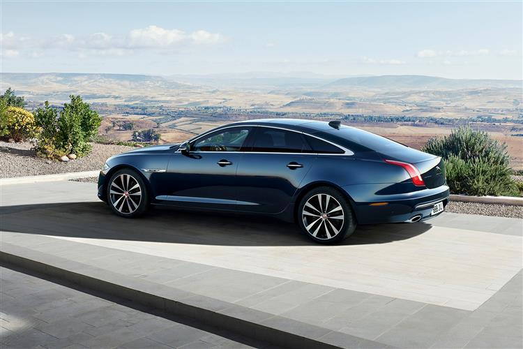 Jaguar XJ 3.0d V6 Luxury image 2