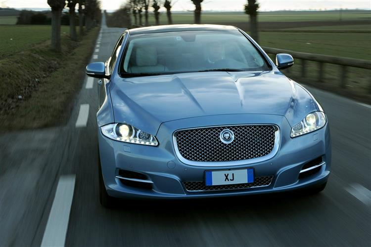 Jaguar XJ 3.0d V6 Luxury image 10