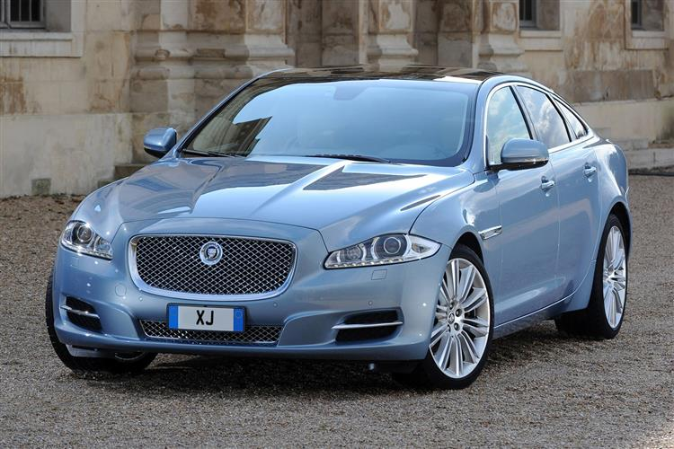 Jaguar XJ 3.0d V6 Luxury image 11