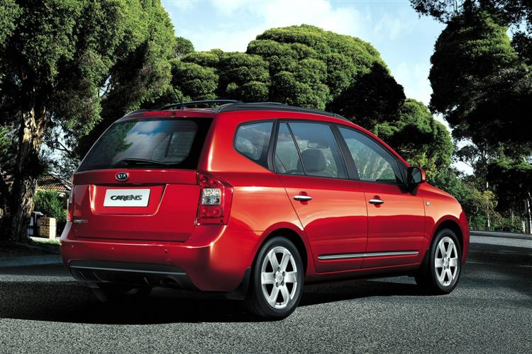 New Kia Carens (2006 - 2010) review