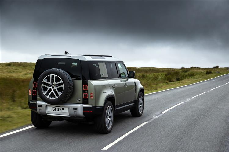 Land Rover Defender 2.0 D240 First Edition 110 SPECIAL EDITIONS image 4