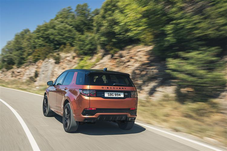Land Rover Discovery Sport 2.0 D165 5dr Auto image 3