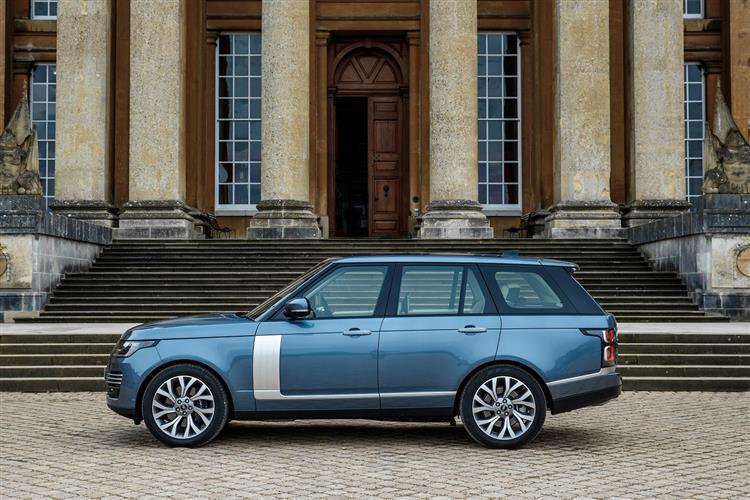 Land Rover RANGE ROVER 2.0 P400e Vogue 4dr Auto image 3