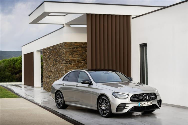 Mercedes-Benz E CLASS DIESEL SALOON E220d SE 4dr 9G-Tronic
