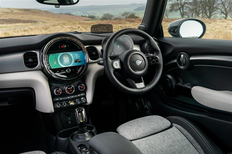 MINI Hatchback 135kW Cooper S Level 3 33kWh 3dr Auto Electric Hatchback