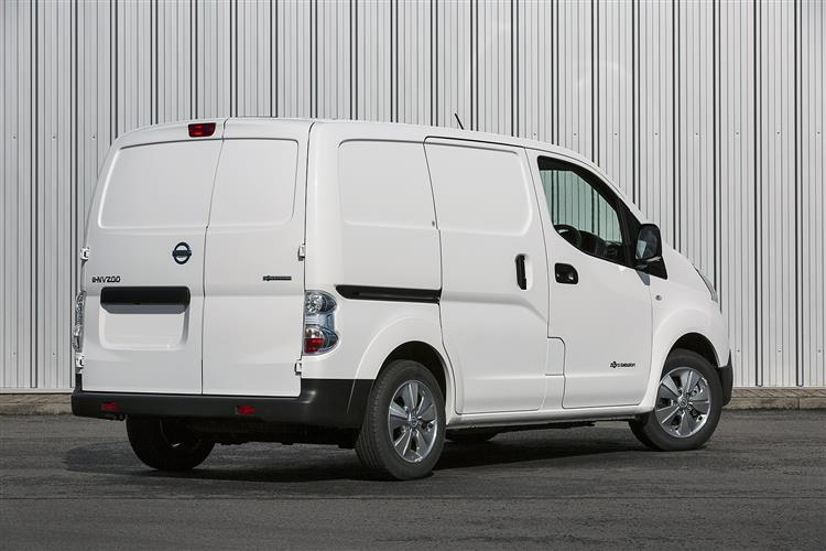 Nissan E-Nv200 Xl Electric 80kW Tekna Van Auto 40kWh