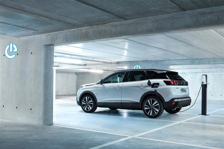 Peugeot 3008 SUV 1.5 BlueHDi Active 5dr image 8