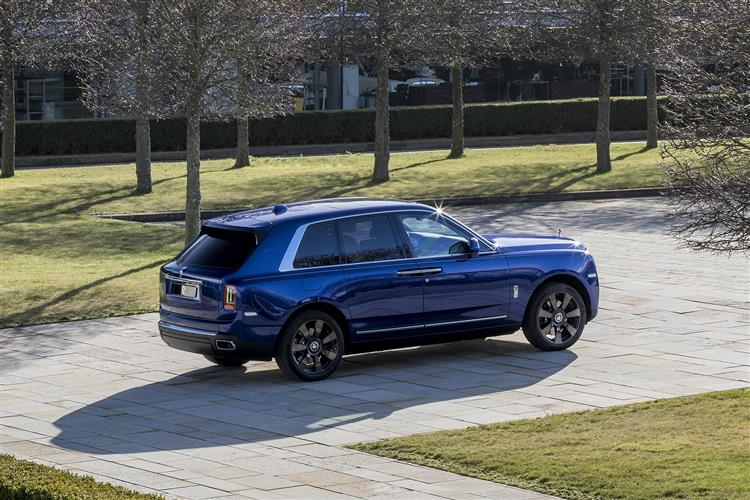 Rolls-Royce Cullinan - Takes the world in its stride image 3