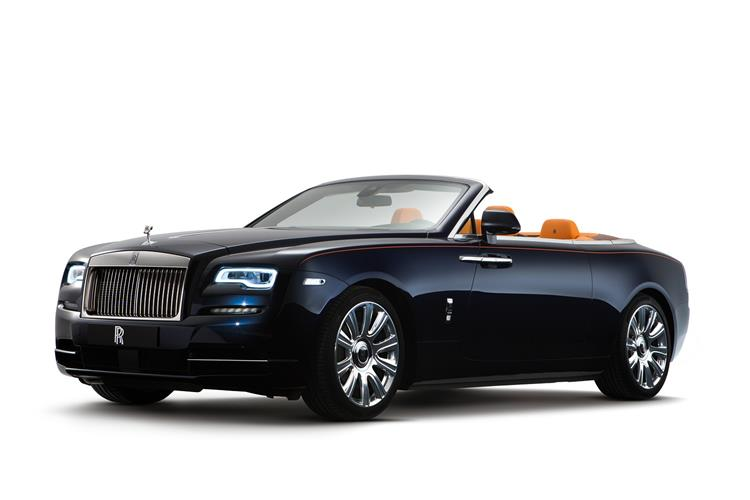 Rolls-Royce Black Badge Dawn - The latest convert to the dark side image 2