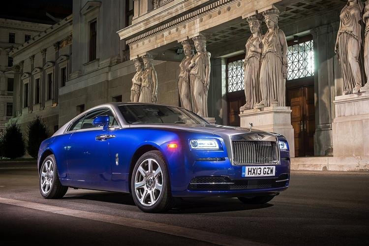 Rolls-Royce Black Badge Wraith - A dynamic Rolls-Royce that powers into the dark image 4