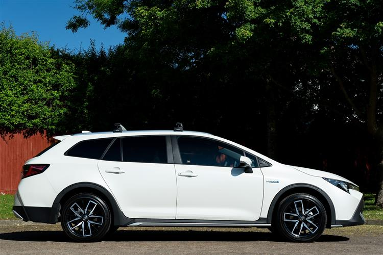 Toyota Corolla 2.0 VVT-i Hybrid Trek 5dr CVT Hybrid Estate