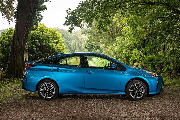 Toyota Prius 1.8 VVTi Business Edition Plus 5dr CVT AWD Hybrid Hatchback
