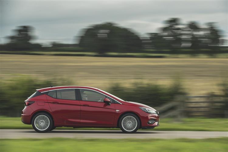 Vauxhall Astra 1.4 Turbo SRi Nav 5dr Auto image 4