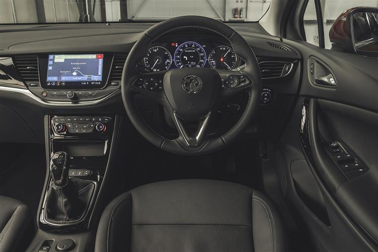 Vauxhall Astra 1.4 Turbo SRi Nav 5dr Auto image 9