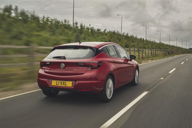 Vauxhall Astra 1.5 Turbo D 105 SRi 5dr image 14