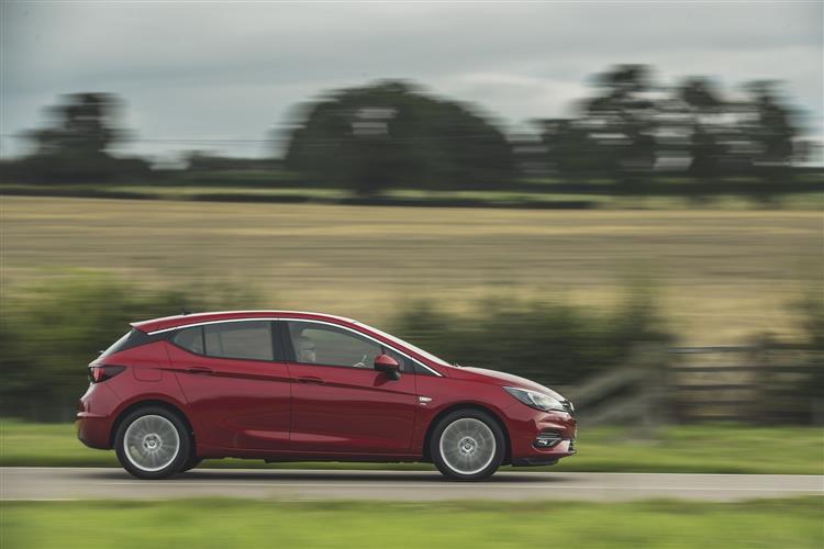 Vauxhall Astra 1.5 Turbo D 105 SRi 5dr image 4