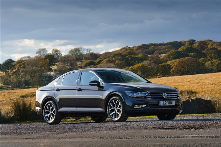 Volkswagen PASSAT DIESEL SALOON 1.6 TDI SE Nav 4dr DSG