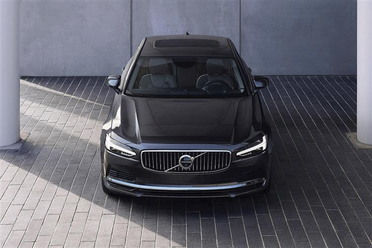 Volvo S90 2.0 D4 Inscription Plus 4dr Geartronic image 5